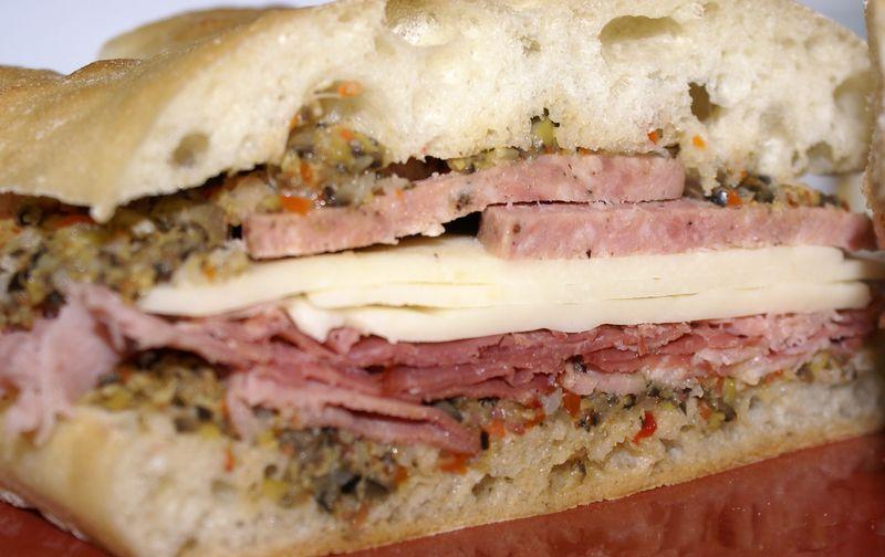MuffalettaSandwich